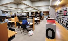 長万部図書館